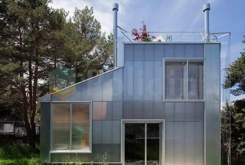 Отделка фасада дома из поликарбоната